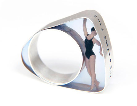 ring-swimmer - Helen Noakes