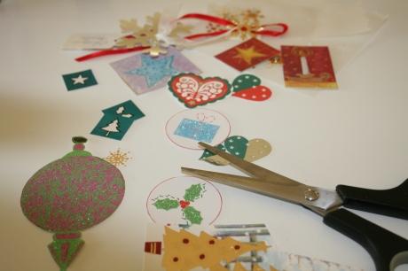 Cutting out Christmas motifs